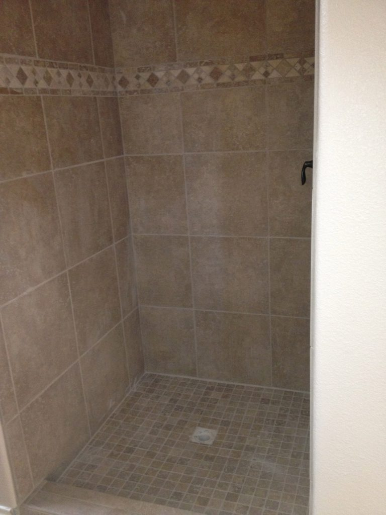 custom-tile-shower-travertine-accents-West Lake HIlls / Lakeway / Austin Tx