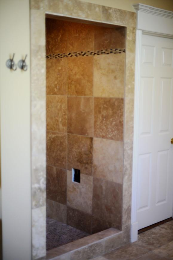 Travertine shower Lakeway / Austin Tx