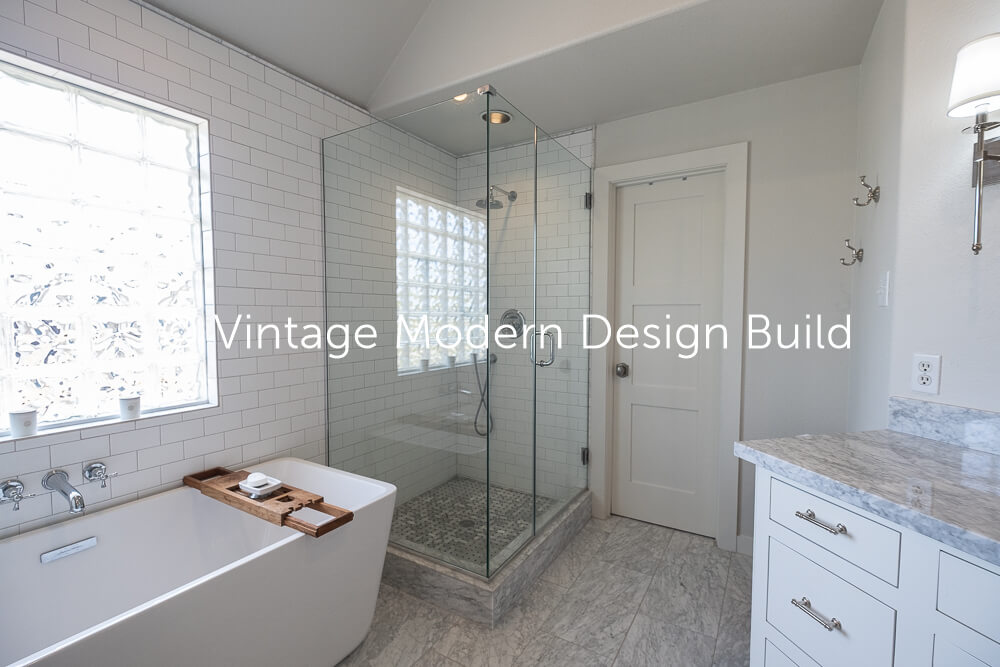 Victorian Transitional Bath remodel contractor austin