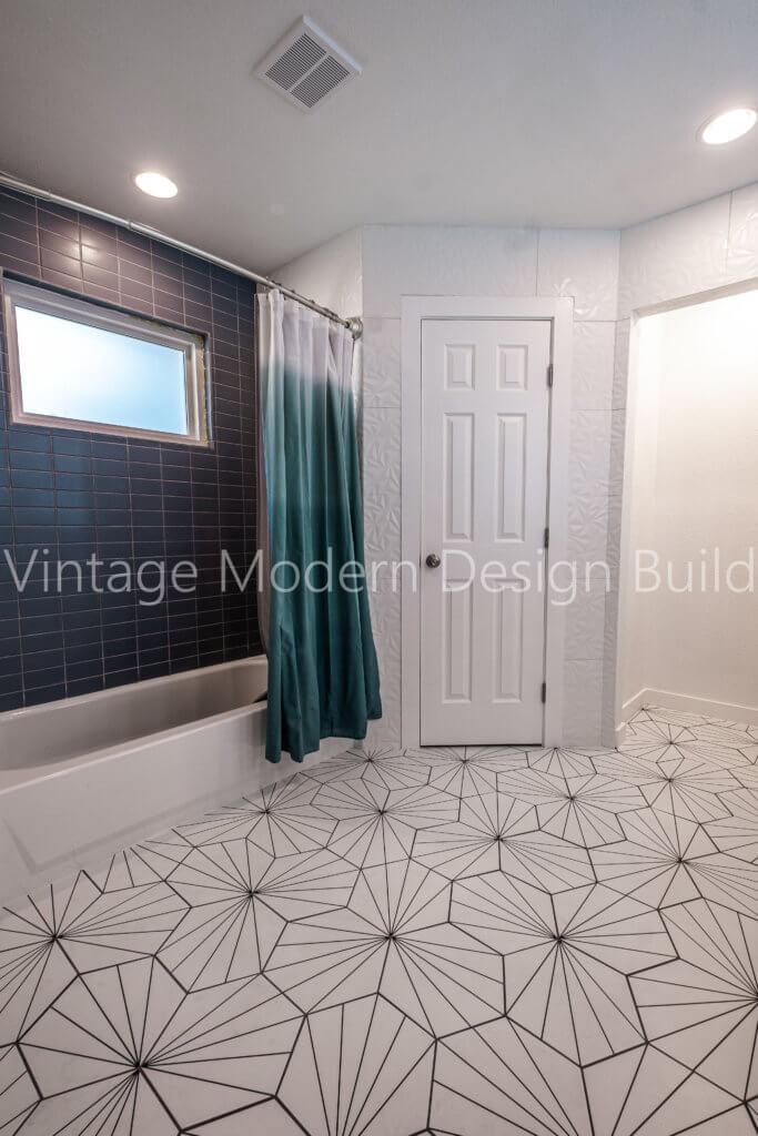 Minimalist Modern Geometric Bathroom Remodeling Austin TX / West Lake Hills
